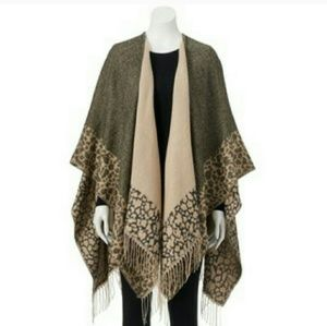 Double sided reversible leopard print ruana